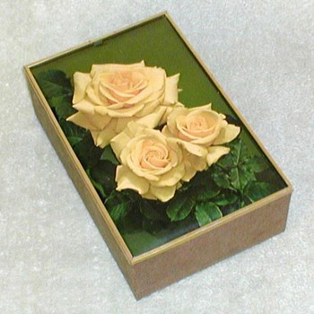 1970's - Amaretto di Saronno Floral Gift Box - Advertising