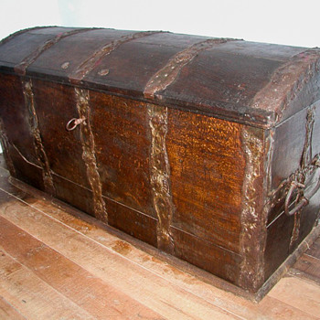 Marriage Chest from Continental Europe - Furniture