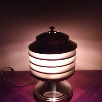 Coulter Canadian art deco - Lamps