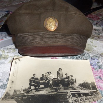 An old military cap and picture that I found inside it - Military and Wartime