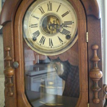 Wm Gilbert Mantel Clock