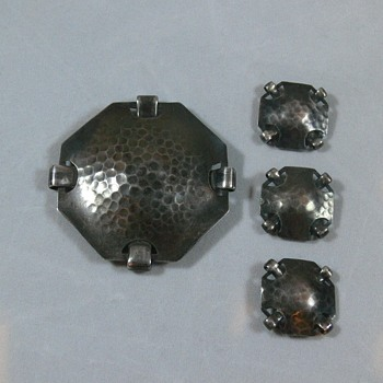 Hammered Silver Arts & Crafts Brooch & Buttons. Help with signature? - Arts and Crafts