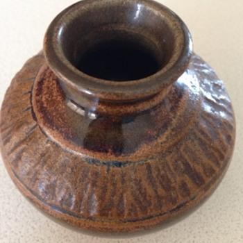 Small Pottery vase / pot - Pottery