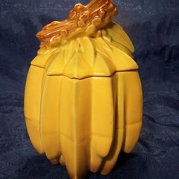 Bunch of Bananas jar