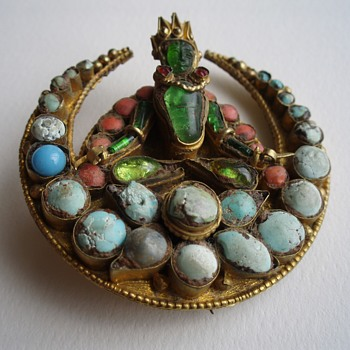 Nepalese brooch/pin with turquoise/coral/glass - Fine Jewelry