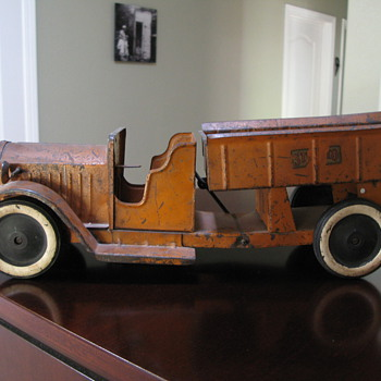 Can someone tell me more about this? - Model Cars