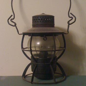 L&N (Louisville and Nashville) Railroad Switchman Lantern