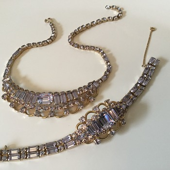 KRAMER...1953 The Alexandria Collection ( thanks Phil) - Costume Jewelry