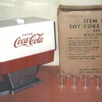 1960's Coca Cola plastic dispenser  - Coca-Cola