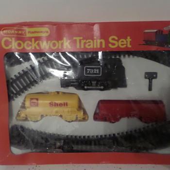Clockwork Hornby train set - Model Trains
