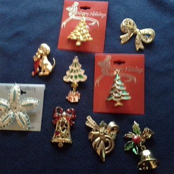 Vintage Brooches (From Mom's Collection) - Costume Jewelry