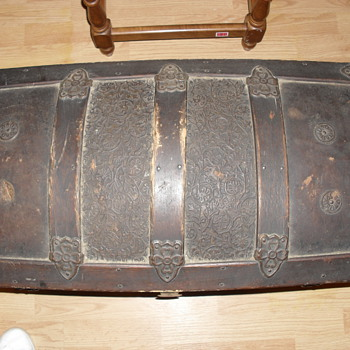 Trunk given to me - Furniture