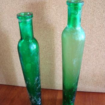 Narrow green bottles - Bottles