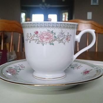 Juler National Porcelain, The Kensington China  - China and Dinnerware