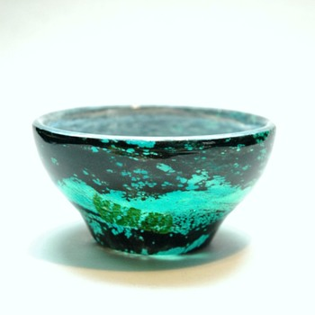 "daum nancy bowl  ""verre de jade"" - Art Glass"