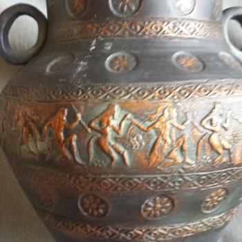 I LOVE THIS GREEK VASE !!! - Pottery