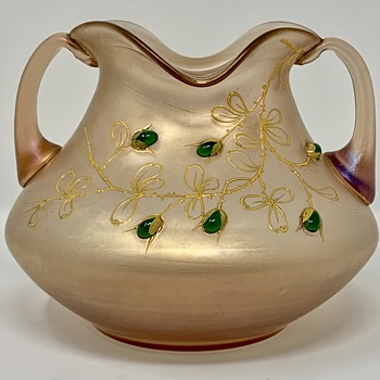 Loetz two-handled Vase with Green Cabochons, ca. 1903 - Art Glass