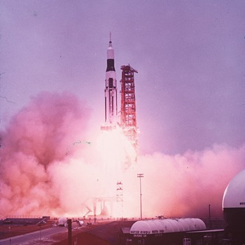 More rocket photos. - Photographs