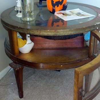 weiman heirloom quality gold leaf drum table - Furniture