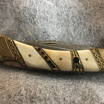 Looking for information on this Schrade custom. Such as who did it? - Tools and Hardware