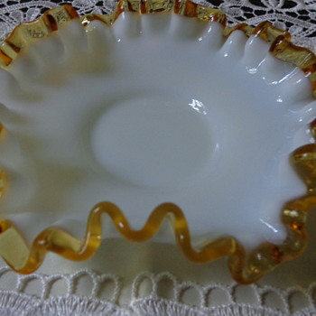 Fenton Gold Crest Small Dish (?) - Glassware