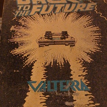 """Back To The Future ""Valterra Vintage Skateboard With Handles"