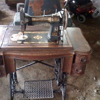 Sewing machine White Rotary USA - Sewing