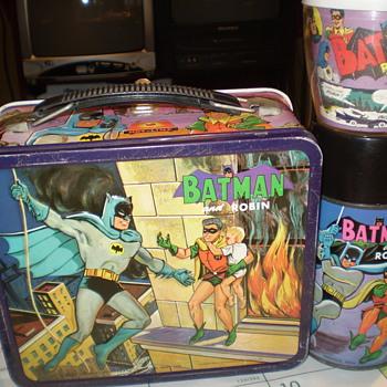 Batman and Robin Lunchbox w/ Thermos & MUG