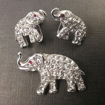 ORA elephant set  - Animals
