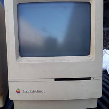 vintage APPLE MACINTOSH CLASSIC II computer - Electronics