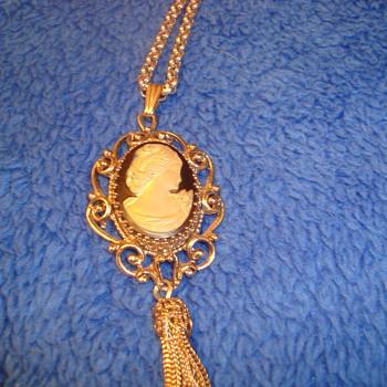 Beautiful Whiting Davis necklace