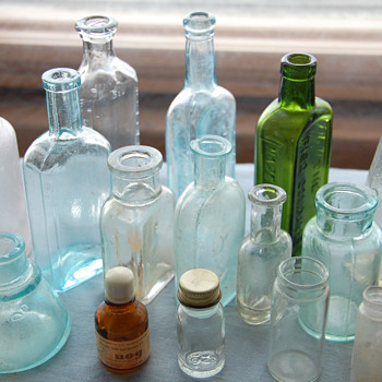 Collection of Miscellaneous Antique and Vintage Small Bottles - Bottles