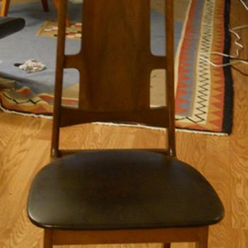 Mystery Chair - Mid-Century Modern