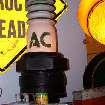 A/C spark plug display - Petroliana