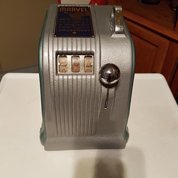 Daval Marvel Trade Stimulator - Coin Operated