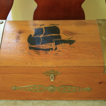Yet another mystery/wooden box - Furniture