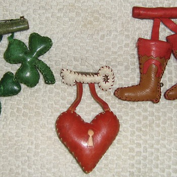 Homemade leather pins - Costume Jewelry