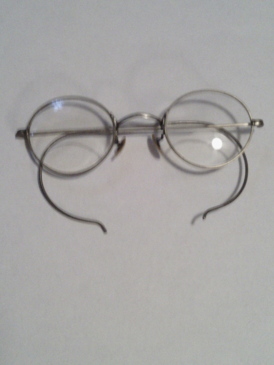 1c10b4a8c8b old fashion eyeglasses with byfocals