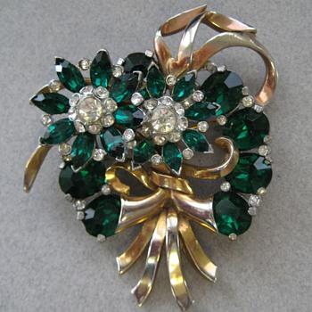 Crystal & Rhinestone Brooch circa 1940 Unsigned Mazer? - Costume Jewelry