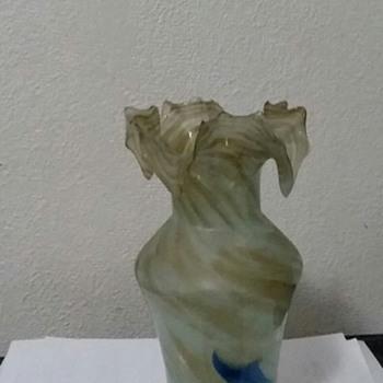 grandmas vase - Art Glass