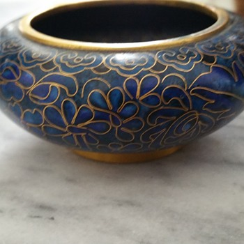 Brass and porcelain small bowl - Pottery