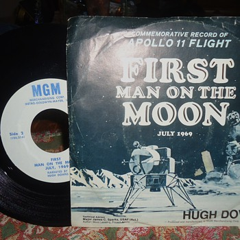 45 RPM 1969 record  ALIENS! Do not believe this!! It is false!  NOT TRUE!!! - Records