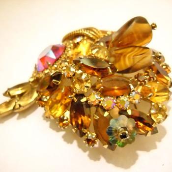 Faux Topaz Juliana Vintage Brooch - Costume Jewelry