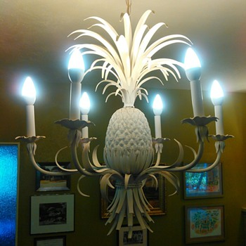 Regincy Pineapple Chandelier - Lamps