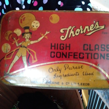 Confectionery tin - Advertising