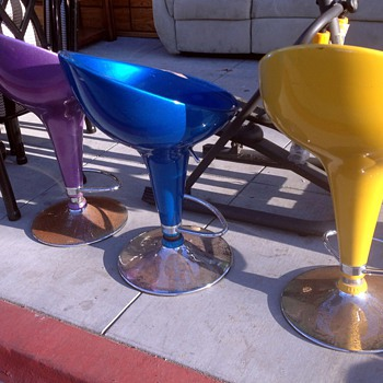 Chairs i saw at the junk shop the other day - Mid-Century Modern
