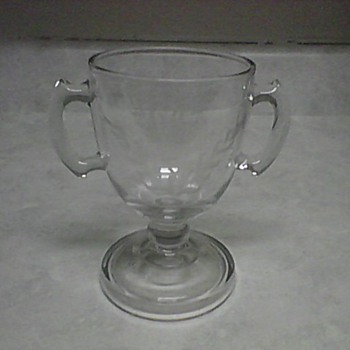 CRYSTAL LOVING CUP - Glassware
