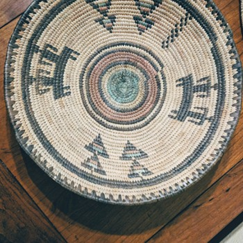 Woven bowl. - Furniture