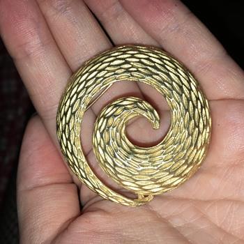 Gold Swirl Brooch - Costume Jewelry