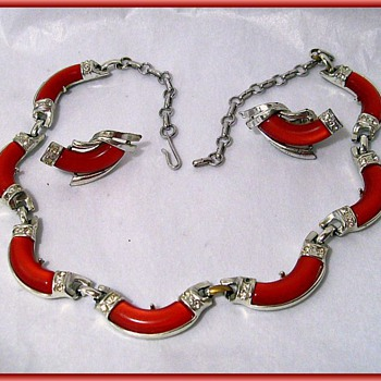 CORO - Matching NECKLACE and EARRINGS -- ( Thermostats Necklace and Earring set Mint 1950/60 )  - Costume Jewelry